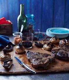 Una excelente idea para el día del padre, filetes de res a la parrilla. Y que mejor regalo que un juego de cuchillos Laguiole. Encuéntrelos en http://laguiole.es/ la casa de Laguiole en España. #Laguiole #Laguioleespaña #Laguiole_es #filete #res #carne #diadelpadre