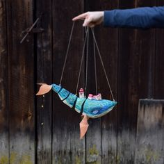 All string, no wires. Puppet Toys, Marionette Puppet, Toy Theatre, Puppet Making, Finger Puppets, Wood Toys, Stop Motion, Art Plastique, Clay Art