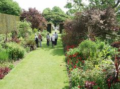 The Red Border, Hidcote Manor gardens, Chipping Campden, Gloucestershire, England