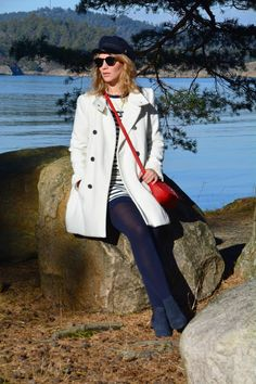 Fashion is for everybody!: Maritime style My Style, Coat, Jackets, Fashion, Down Jackets, Moda, Sewing Coat, Fashion Styles, Peacoats