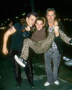 Johnny Depp, Leonardo DiCaprio and Brad Pitt. Johnny Depp, Leonardo DiCaprio and Brad Pitt. Johnny Depp, Leonardo DiCaprio and Brad Pitt. Johnny Depp Leonardo Dicaprio, Leonardo Dicaprio Funny, Leonardo Dicaprio Kate Winslet, Johnny Depp Joven, Johny Depp, Jhonny Depp Movies, Young Johnny Depp, Johnny Depp Teenager, Johnny Depp 1990