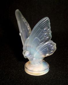 SABINO FRANCE BUTTERFLY OPALESCENT CRYSTAL ART GLASS FIGURINE A600