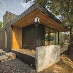 The Black Cabin is a project designed by Revolution Architects and is located at Desierto de los Leones woods, in the west part of Mexico City. The terrain i. Ideas De Cabina, Timber Cabin, Relax, Best Architects, Roof Plan, Garden Buildings, Architect Design, Mexico City, Gazebo
