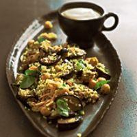 Hirse-Auberginen-Salat mit Sesamcreme