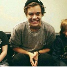 my lil boy harry styles Harry Styles Smile, Harry Styles Pictures, 5sos, Larry, Harry 1d, Mr Style, Harry Edward Styles, Favorite Person, Love Of My Life