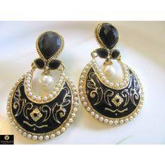 A pair of Black, White Polki Pearl Earrings PO298 - Earrings by Vastradi