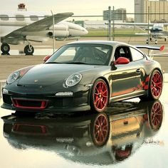 Awesome Porsche in its racing gear! Literally ready to Fly