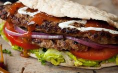 I effing love doners! Dieter's Doner Kebabs - 361 cals per kebab - a recipe from the Hairy Dieters' Eat For Life cookbook World Recipes, Diet Recipes, Cooking Recipes, Healthy Recipes, Cooking Time, Lamb Recipes, Pub Food, Food 52, Doner Kebabs