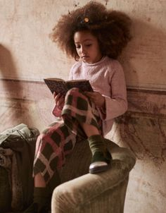 Clothing and shoes for children and newborns, made in Italy - Il Gufo, Italian style for children. Italian Style, Pink Sweater, Kid Shoes, Baby Kids, Kids Fashion, Wool, Children, Sweaters, Cotton