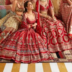 Find the breathtaking bridal wear collections by the most amazing Anita Dongre, Rahul Mishra and Tarun Tahiliani. Get latest bridal dress collection by most famous designers. Latest Bridal Dresses, Indian Bridal Outfits, Indian Bridal Lehenga, Indian Bridal Wear, Wedding Dresses For Girls, Indian Designer Outfits, Indian Dresses, Wedding Lehnga, Bridal Lehenga Collection