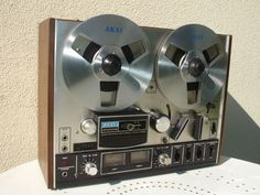 31584bf9844 Vintage Working AKAI 4000DS Reel to Reel System - Pre-Owned by Kaiser  Chiefs