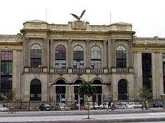 arquitectura republicana estacion de tren en Bogota Colombia