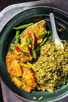 Panang Nyoyna cooking