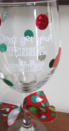 If you're just as distraught about reusing and upcycling venture as us, at that point you're in for an enormous treat! Are there old wine glasses lying Wine Glass Crafts, Wine Bottle Crafts, Cool Diy, Christmas Wine Glasses, Painted Wine Glasses, Vinyl Crafts, Craft Sale, Holiday Crafts, Christmas Things