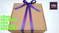 🎁Cómo envolver un REGALO o CAJA de REGALO con un lazo o cinta?🎉 Wrap gif... Diy, Gift Wrapping, Gift Ribbon, Fabric Ribbon, Gift Boxes, String Bracelets, Decorated Boxes, Gift Wrapping Paper, Bricolage