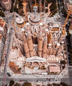 Lovely view of #SagradaFamilia in #Barcelona by #AntoniGaudi. aerial perspective is as beautiful as grown perspective don't you think?