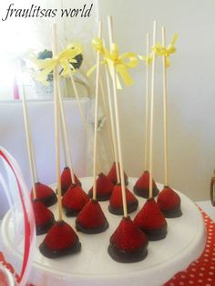 strawberries with chocolate Chocolate Strawberries, Cherries, Strawberry, Cupcakes, Sweets, Desserts, Blog, Ideas, Party