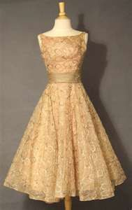 .This would be the dress I would wear to a wedding or as a bridesmaid dress. Cute, Classic and a so stylish