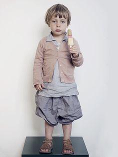 Trousers: Cos, Blouse: Ada Ada, Jacket: Bonton, Sandals: Pom d´api