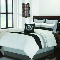 US POLO ASSN Storm King 7 Piece Bed In a Bag by U.S. Polo Assn.. $99.97. 1 King Bedskirt: 78 Inches Wide By 80 Inches Long With a 15 Inch Drop. 1 Decorative Square Pillow: 18 Inches Wide By 18 Inches Long. 2 European Shams: 26 Inches Wide By 26 Inches Long. 2 King Shams: 20 Inches Wide By 36 Inches Long. 1 King Comforter: 96 Inches Wide By 102 Inches Long. A stylish black and white modern bedding collection in hues of midnight black, slate grey and a crisp cool whi...