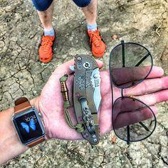#hinderer #hindererknives #steelflame #steelflamejewelry #steelflamejunkies #dragon #bronze  #knives #knifetography #knifeaddict #knifelife #knifeparty #knifeporn #knifenut #pocketknife #knifecollector #knifephoto #edc #pocketdump #defense #bead #lanyard #onitsukatiger #applewatch #handdump #everydaycarry #everydaydump #sunglass