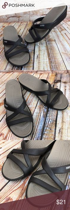 a30f47f5f78d CROCS Patricia Wedges Slides Sandals Beach Shoes CROCS Patricia Women s 8  Brown Wedges Slides Sandals Rubber