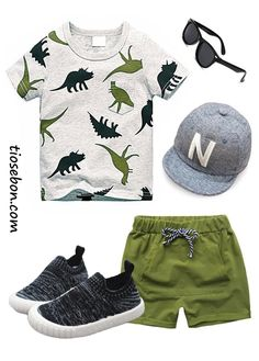 Our boy outfit & baby outfits are definitely lovely. Baby Outfits, Outfits Niños, Boys Summer Outfits, Little Boy Outfits, Summer Boy, Kids Outfits, Little Boys Clothes, Babies Clothes, Babies Stuff