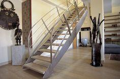 Scala per interni, legno e ferro battuto. Interior Stairs. Bonansea Scale #scaleinterne #ferrobattuto #ringhiere #stair #interiordesign