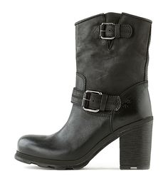 OXS   Boot 1743 Black Women   Rossi&Co #women #fashion #boots #oxs #italian #madeinitaly #bootsforwomen #designer #brown #leather #love #online #sale #present #ideas #gift #girlfriend #cognac #cool #outlet #ankleboots #heels #rossiundco #black #bikerboots