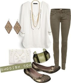 Cute shirt, a casual staple to any closet. It can be dressed up n down. Just perfect
