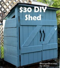 Did you know that plastic sheds can cost upwards of $300?! Don't waste your money buying one when you can MAKE a shed for $30! Find out how here!
