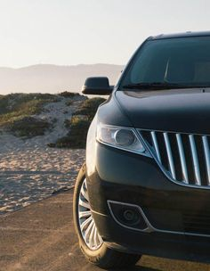 Parked, ready for the beach. Hope you brought your board. #LincolnMKX