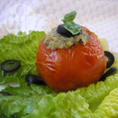 Met tonijn gevulde tomaten @ allrecipes.nl