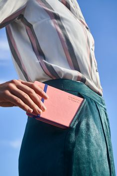 Thoughtfully designed, these elegant notebooks easily fit into any bag or pocket.   The durable and agile soft eco PU cover, in four delicious gelato-inspired colours, makes them a stylish companion you'll want with you all the time. Made with lay-flat binding for quick sketching, a handy pocket to store notes and an elastic band to keep it immaculately closed. Gelato, Notebooks, Sketching, Notes, Colours, Pocket, Band, Inspired, Elegant