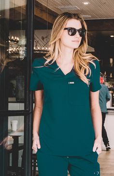 Why We Love This Simple is beautiful. You know it, we know it, and this scrub top shows it. We went minimal with the Cabral, giving it a refined fit, streamlined look, and easy comfort. If only more t