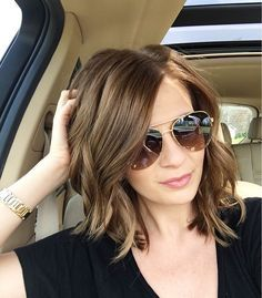 nice Medium length hairstyle | messy waves... by http://www.top10z-haircuts.xyz/haircuts/medium-length-hairstyle-messy-waves/