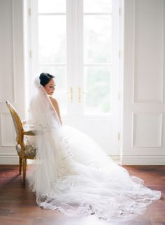 Photography : Kayla Barker Fine Art Photography Read More on SMP: http://www.stylemepretty.com/2016/10/07/asian-inspired-chateau-texas-wedding/
