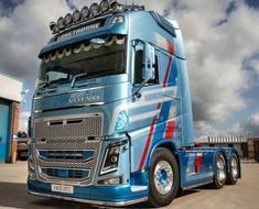 VOLVO FH - US Trailer can repair used trailers in any condition to or from you. Contact USTrailer and let us repair your trailer. Click to http://USTrailer.com or Call 816-795-8484