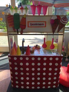 Themahoek van Ikea keukentje Kids Role Play, Ice Cream Crafts, Ice Cream Theme, Dramatic Play, Best Teacher, Summer Crafts, Summer Kids, Diy For Kids, Preschool