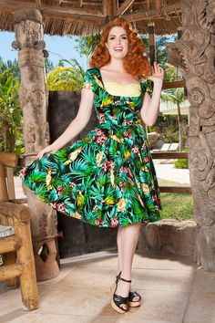 Alfreda Retro Dress in Parrot Print