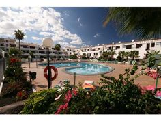 Victoria Court - 1 Bed Apartment for rent in Los Cristianos Tenerife sleeps up to 4 from £219 / €262 a week