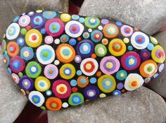 Deko-Objekte - Handbemalter Stein (Kunterbunt) - ein Designerstück von LotsDots bei DaWanda