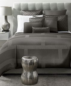 "Hotel Collection ""Frame\"" Bedding...really like this style.  But, it received very bad reviews from Macy's buyers."