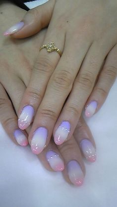 LOVIN this opal looking inspired mani ღ❤ღ