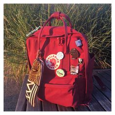 hen CULTURE meets BACK TO SCHOOL. This year decorate you book bag to show off your individuality. Mochila Kanken, Kanken Backpack, Bling Bling, Cancun, Back To School, My Love, My Style, How To Wear, Stuff To Buy