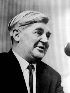 Nye Bevan a Welshman a Socialist and founder of the National Health Service Types Of People, Real People, Good People, Famous Welsh People, Aneurin Bevan, National Health Service, Cymru, Pretty Words, British History
