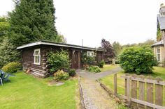 in Stirlingshire, GB. The log cabin is located in the grounds of Mansewood Country House which situated at the top of Loch Earn which is part of  Loch Lomond /Trossachs National Park on the border of Perthshire and Stirlingshire. Great base for touring Scotland.  The c...