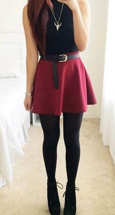Burgundy Flared Skirt                                                                                                                                                                                 Más