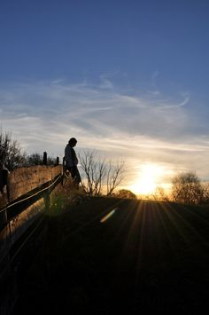 Loving the long southern autumn shadows - even if the days are so much shorter #maternity #sunset #silhouette #pregnant