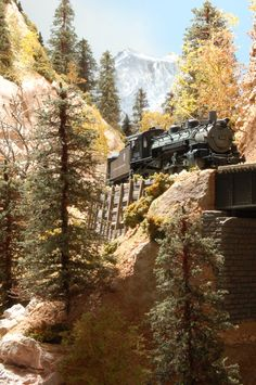 Rick Huntrods- San Juan Silverton N Scale Trains, Ho Trains, Model Trains, Train Info, Diorama, Halloween Village, Model Train Layouts, Train Set, Scale Models